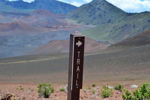 haleakala-trail